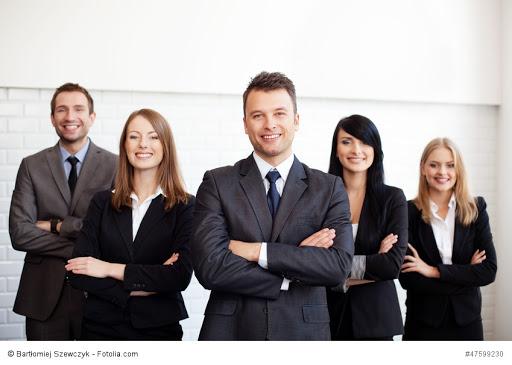 Société en nom collectif et société unipersonnelle: entrepreneurs recherchent flexibilité
